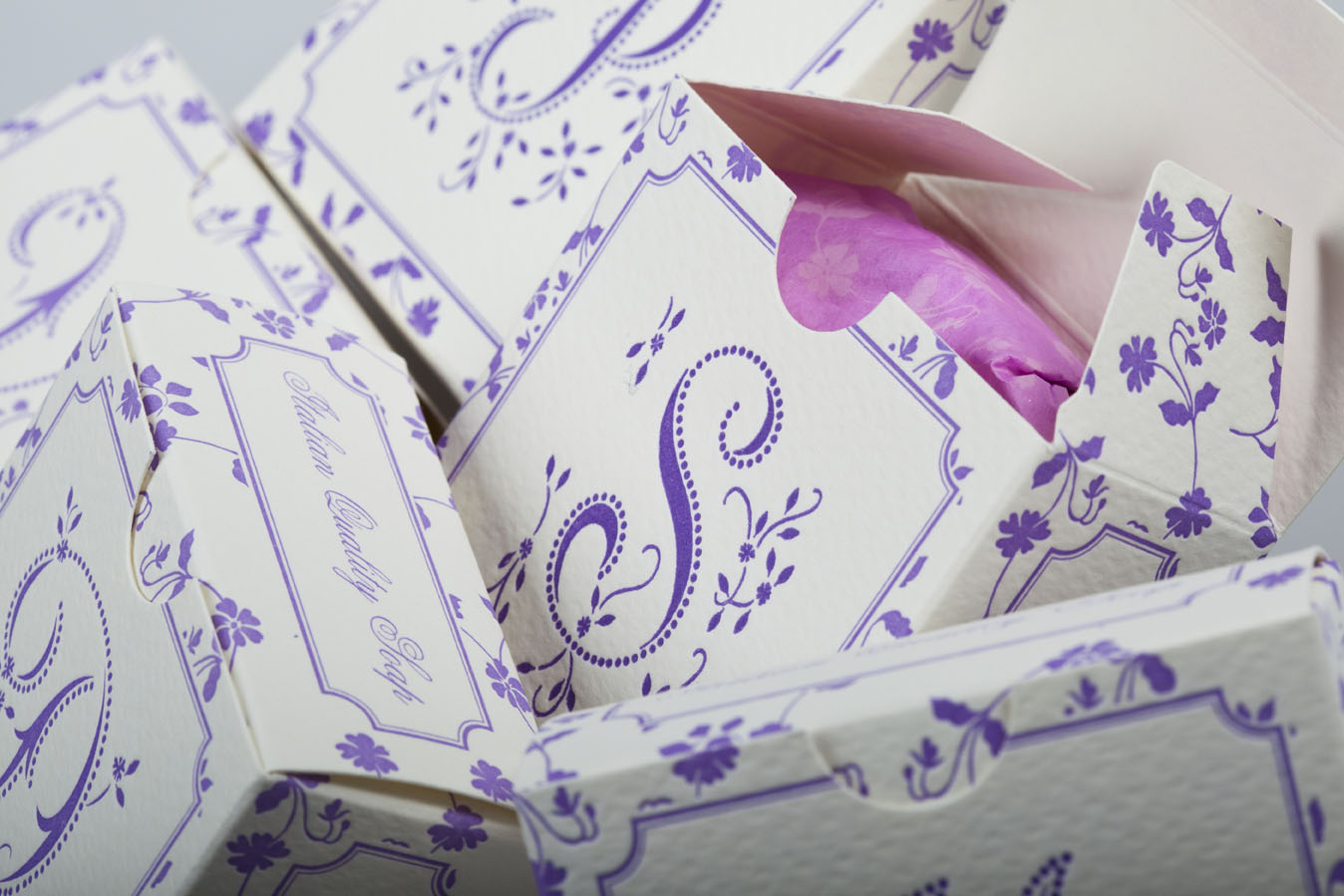 Boxed soaps with Rossi 1931 decorative papers